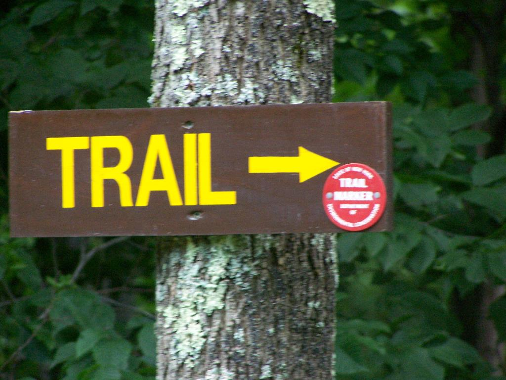 Photo: Sign to Start of Trail