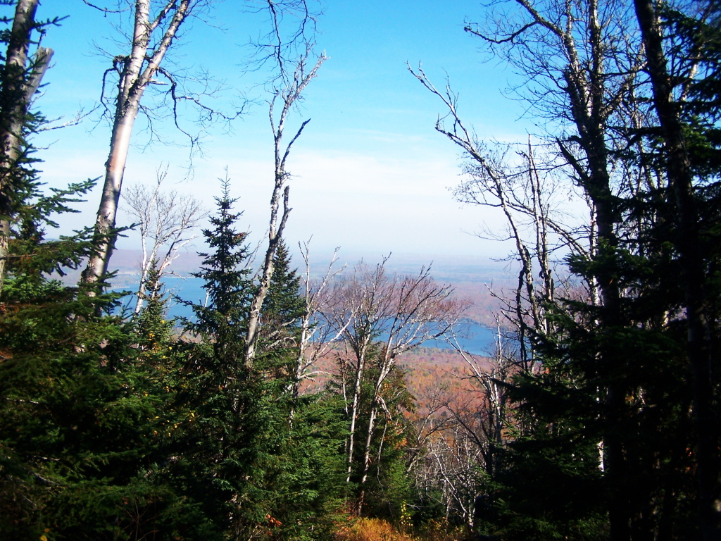 lyon mountain Overview lyon mtn is a mountain that stands alone in the northeast corner of the adirondack park located less than 30 miles west of plattsburg, ny, and within 40 miles of the canadian border, this mountain is truly on the fringe.
