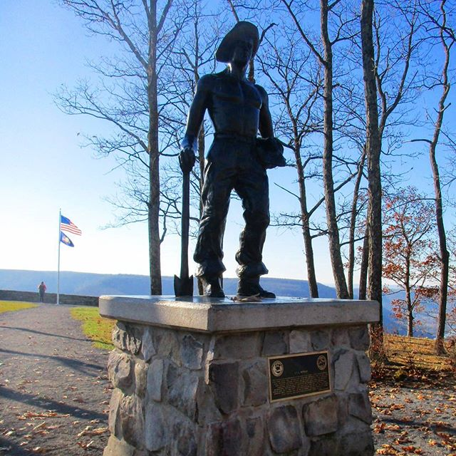 Photo: Monument to the Civilian Conservation Corp Worker
