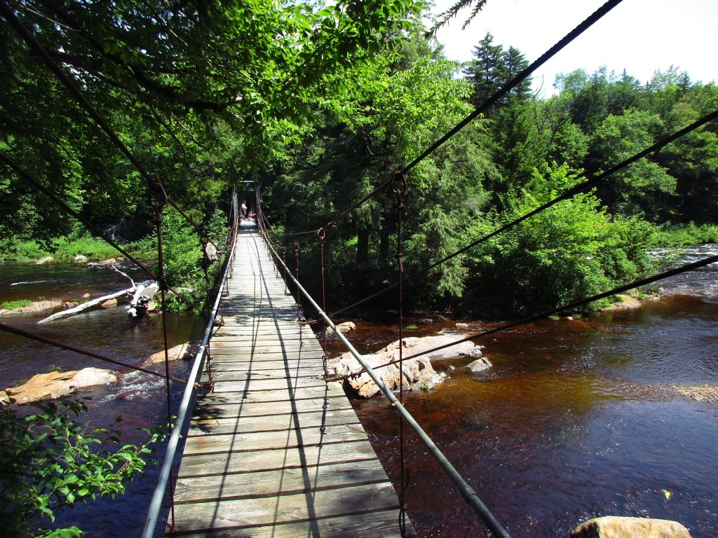 Photo: Whitehouse Suspension Bridge