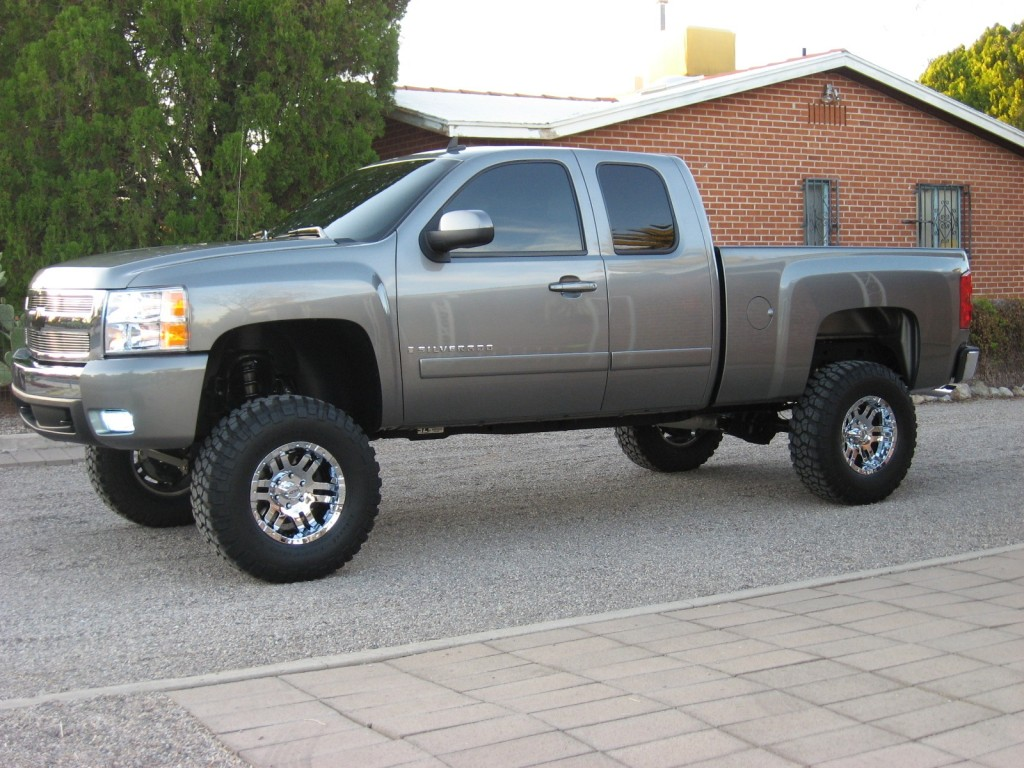 Another Sweet Truck, Rolling on 35s